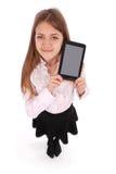 Mujer joven hermosa que sostiene la tableta digital Imagenes de archivo