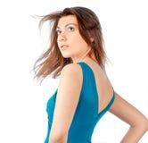 Mujer joven hermosa y atractiva en alineada azul Imágenes de archivo libres de regalías