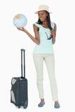 Mujer joven lista para viajar el mundo Imagenes de archivo