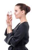 El uso de los cosméticos para el cuidado de piel Foto de archivo libre de regalías