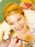 Mujer joven rubia de la sonrisa Imágenes de archivo libres de regalías