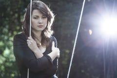 Mujer joven sola en dolor Imagenes de archivo