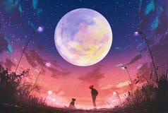 Mujer joven y perro en la noche hermosa con la luna enorme arriba Foto de archivo libre de regalías