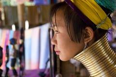 Mujer larga del cuello Fotografía de archivo