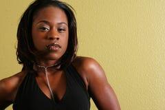Mujer Lo atractivo del afroamericano Foto de archivo libre de regalías