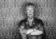 Mujer mayor escéptica Imagenes de archivo