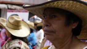 Mujer mexicana que espera para bailar Fotos de archivo libres de regalías