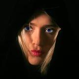Mujer misteriosa Fotos de archivo libres de regalías