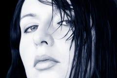 Mujer mojada del pelo Foto de archivo libre de regalías