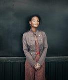 Mujer morena joven hermosa con enfermedad del vitiligo Imagen de archivo libre de regalías