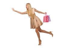 Mujer muchos panieres después de hacer compras aislado Imagen de archivo