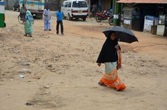 Mujer musulmán, costa este de Srí Lanka fotos de archivo