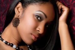 Mujer negra atractiva Fotografía de archivo libre de regalías