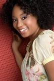 Mujer negra feliz imagenes de archivo