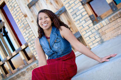 Mujer negra feliz fotografía de archivo libre de regalías