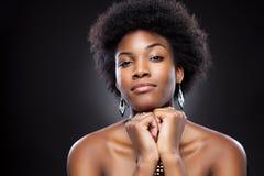 Mujer negra hermosa Imagen de archivo libre de regalías