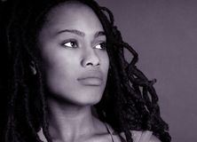 Mujer nigeriana hermosa imagen de archivo