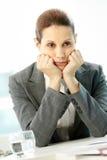 Mujer pensativa Foto de archivo libre de regalías