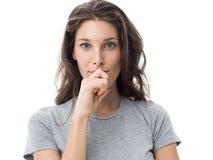 Mujer pensativa confiada Foto de archivo libre de regalías