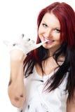 Mujer positiva atractiva después del trabajo duro Imagen de archivo