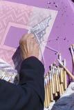 Mujer que hace a Bobbin Lace Imagen de archivo libre de regalías