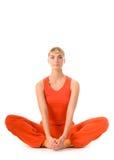 Mujer que hace ejercicio de la yoga Fotos de archivo libres de regalías
