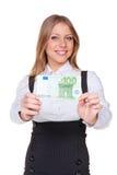 Mujer que lleva a cabo cientos euros Imágenes de archivo libres de regalías