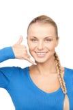 Mujer que me hace una llamada gesto Fotos de archivo