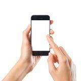 Mujer que mecanografía en el teléfono móvil fotos de archivo