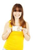 Mujer que muestra el dinero euro Fotos de archivo libres de regalías