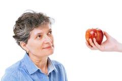 Mujer que recibe consejo de la alimentación imagen de archivo libre de regalías