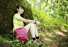 Mujer que se relaja   Foto de archivo libre de regalías