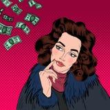 Mujer que soña sobre el dinero Sueño de la mujer Mujer atractiva Fotos de archivo libres de regalías