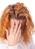 Mujer que sufre de dolor de cabeza Imagen de archivo