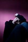 Mujer que sufre de la depresión severa Foto de archivo