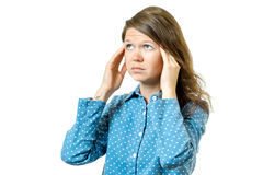 Mujer que tiene dolor de cabeza aislado en blanco Imágenes de archivo libres de regalías