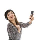 Mujer que toma un selfie Imágenes de archivo libres de regalías