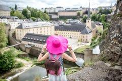 Mujer que viaja en Luxemburgo Fotografía de archivo libre de regalías