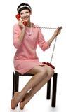 Mujer retra en la alineada rosada 60s Foto de archivo libre de regalías