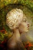 Mujer romántica en jardín Foto de archivo