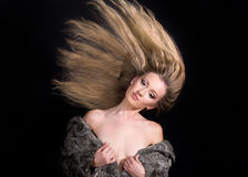 Mujer rubia con el pelo largo Fotos de archivo