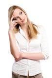 Mujer rubia joven hermosa que reflexiona. Imágenes de archivo libres de regalías