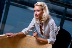 Mujer rubia sensual joven Fotografía de archivo libre de regalías