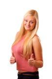 Mujer rubia sonriente en camisa roja Imágenes de archivo libres de regalías