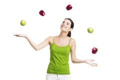 Mujer sana con las manzanas Fotos de archivo