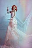 Mujer sensual del redhead Foto de archivo libre de regalías