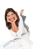 Mujer sonriente del adolescente con los libros Fotos de archivo