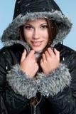 Mujer sonriente del invierno Foto de archivo libre de regalías