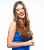 Mujer sonriente dentuda hermosa en el fondo blanco Fotos de archivo libres de regalías