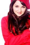 Mujer sonriente en sombrero y capa imagen de archivo
